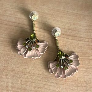 Stella & Dot Rory Floral Earrings